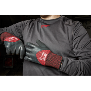Milwaukee Cut 3 Winter gloves LARGE