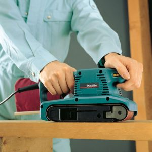 Makita 3″ x 18″ Belt Sander