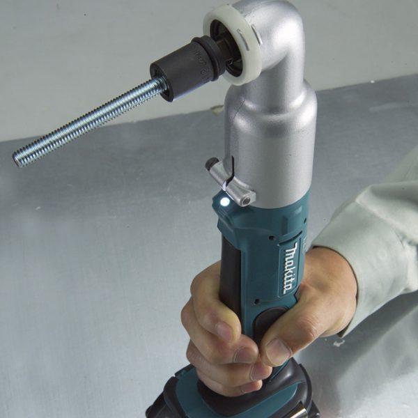 Makita 18V 3/8″ Angle Impact Wrench